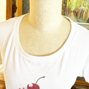 カップケーキウーマンTシャツWLサイズ・ピンク