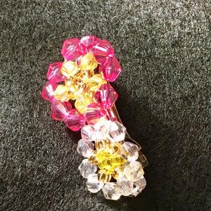 梅の花のバレッタ