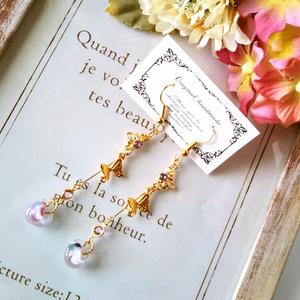 ゆらゆら蝶々の春色ピアス・イヤリング【ピンク、白×水色、黄×紫】