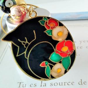 花々に眠る猫のキーホルダー【紅白椿、桜、夜桜】