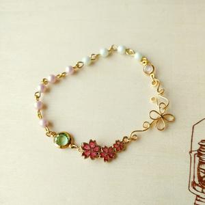 三連桜のチャームブレスレット