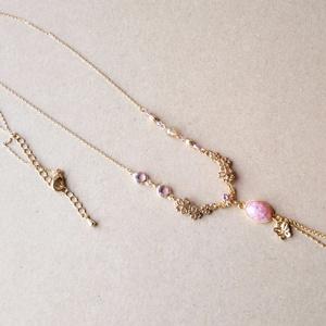 桜と蝶々のネックレス
