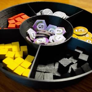 【ボードゲームに最適】円型仕切り付トレイ
