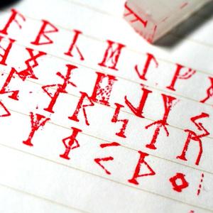 ルーン文字 活版印刷 活字サイズ スタンプ