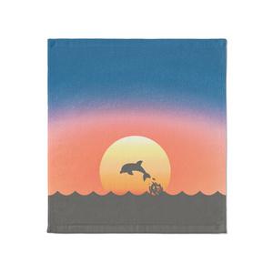 夕日とイルカ