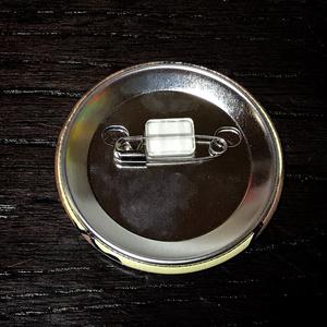 (童)オオサンショウウオ缶バッジ 57mm