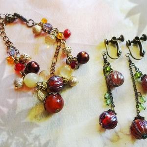 秋モチーフのブレスレットとイヤリング