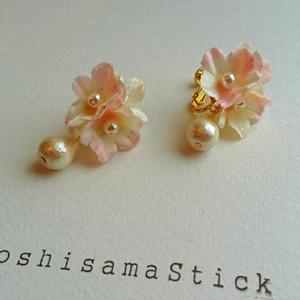 花飾りイヤリング