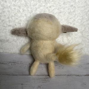 羊毛フェルト 幻獣 アニュス