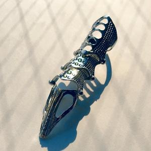 「ベディヴィエール」イメージ甲冑リング