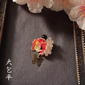 誉桜花ブローチ