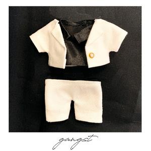 白スーツ&黒シャツセット