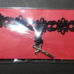 黒薔薇十字架チョーカー
