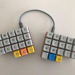 MiniAxe (DIY keyboard kit)