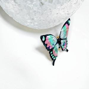鬼滅の刃  胡蝶しのぶ風 イヤリング・ピアス