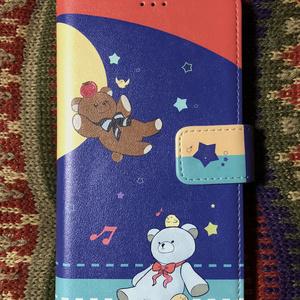 テディベアの手帳型iPhoneケース
