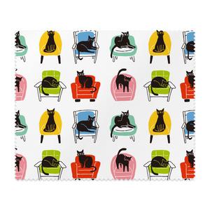いろいろ椅子と黒猫