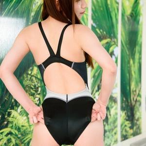 【高解像度DLデータ付】競泳水着の彼女のストロベリー