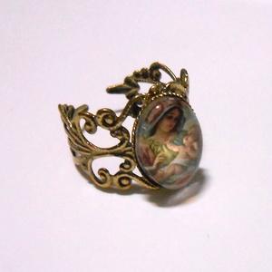聖母子のアンティークゴールドリング指輪