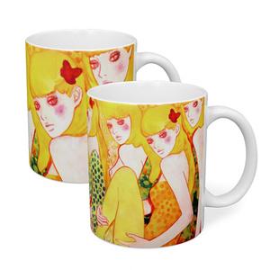 """2 variations """"WHO'S BEHIND YOU?"""" Mug"""