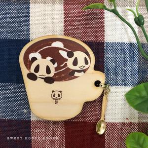 ウッドマグカップ風ブローチ*パムダとカフェラテ*(パンダ)