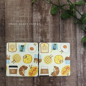 合皮折り畳み2面ミラー*パムダ北欧風カフェ柄*(パンダ)