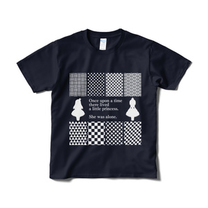 エリザベータとメアリーのTシャツ