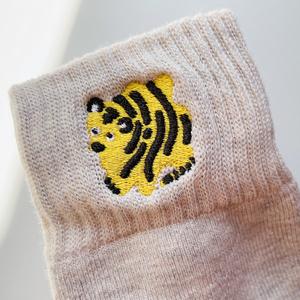 刺繍くつ下・トラ