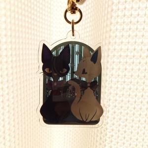 白猫・黒猫のアクリルキーホルダー