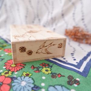 【猫の御髭箱】向日葵と小鳥