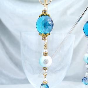 透き通る青のチェコビーズのかんざし 金具色選択可能
