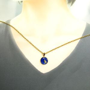 ちいさなまるい ネックレス 猫 ロイヤルブルー×ブルーメタル