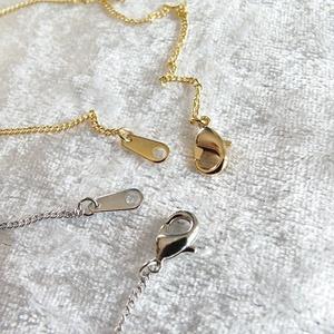 雪の結晶ネックレス マジェスティックブルー 選べる金具色