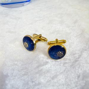 深夜の雪のカフスボタン ロイヤルブルー×ブルーラメ ゴールド金具
