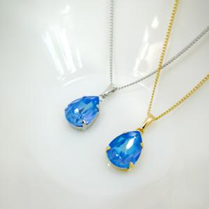しずくサイズのスワロフスキークリスタルのネックレス オーシャンディライト*金具の色が選べます