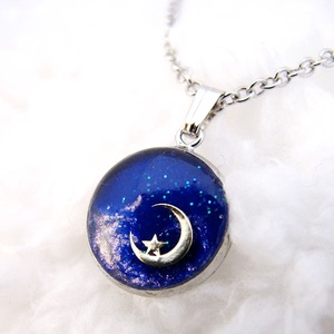 ネックレス 青の月