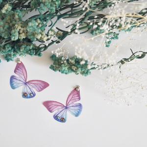 離そば蝶々のピアス/イヤリング
