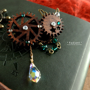 廻る歯車~スチームパンク~星廻のブローチ(全5色)Swarovski crystal使用  Radiantスチームパンク
