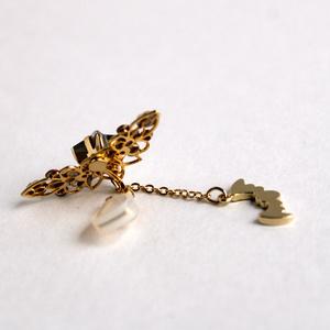 コウモリと星のハロウィンイヤーカフ Swarovski crystal