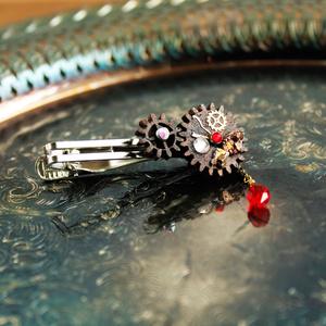 廻る歯車~スチームパンク~輪転のタイピン(全5色)Swarovski crystal使用  Radiantスチームパンク
