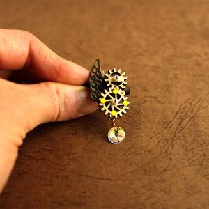 廻る歯車~眩耀の紋章ミニブローチ(全3色)Swarovski crystal使用 | スチームパンク Radiant