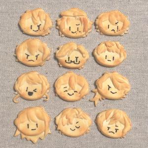 ヒプマイキャラクッキーブローチ