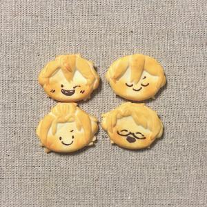 Trickstarクッキーブローチ