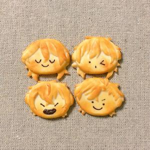 UNDEADフェイククッキーブローチ