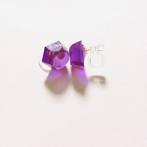 つぶつぶイヤリング(六角/紫)