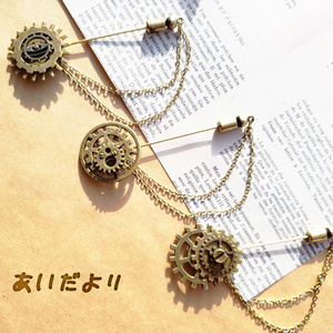 歯車ピンブローチ(金古美)【再販】