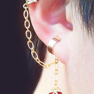 錬金術士の耳飾り イヤーカフス