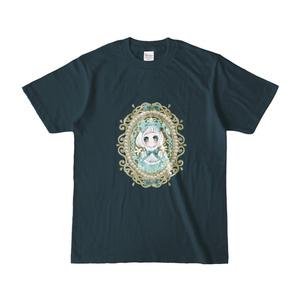 お姫様のカメオブローチTシャツ