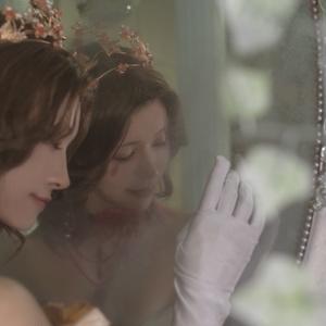 「Heureux heure」血の女王 血祭り 写真集