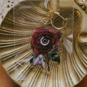 「薔薇の目」アクリルキーホルダー